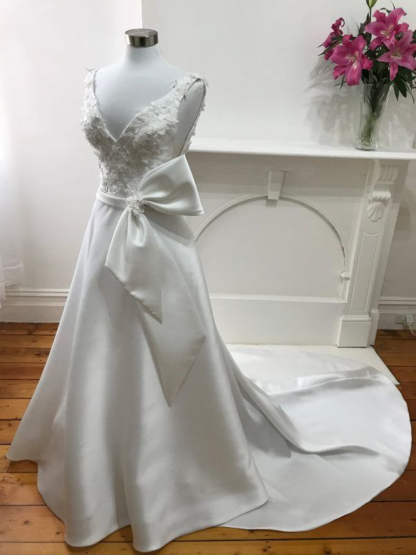 ready to wear Bernadette wedding gowns